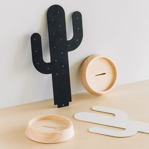 Cactus desert oasis jewelry tree wood ring necklace earring metal black white Gift Home décor ต้นกระบองเพชร ทะเลทราย ต้นไม้ เครื่องประดับ ของขวัญ